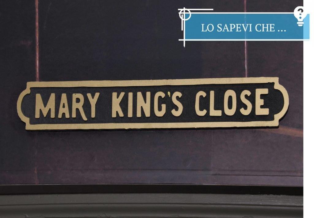 Il Mary King's Close é stato sepolto a seguito dei lavori di restauro del palazzo sovrastante e riportato alla luce solo recentemente, nel 2003 come sito storico e turistico. Pensate che la gente ci visse e continuó a lavorarci per secoli. L'ultimo occupante fu forzato ad andarsene nel 1902!