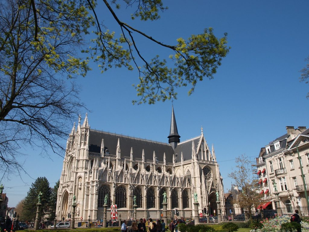 La chiesa di Notre-Dame du Sablon a Bruxelles.
