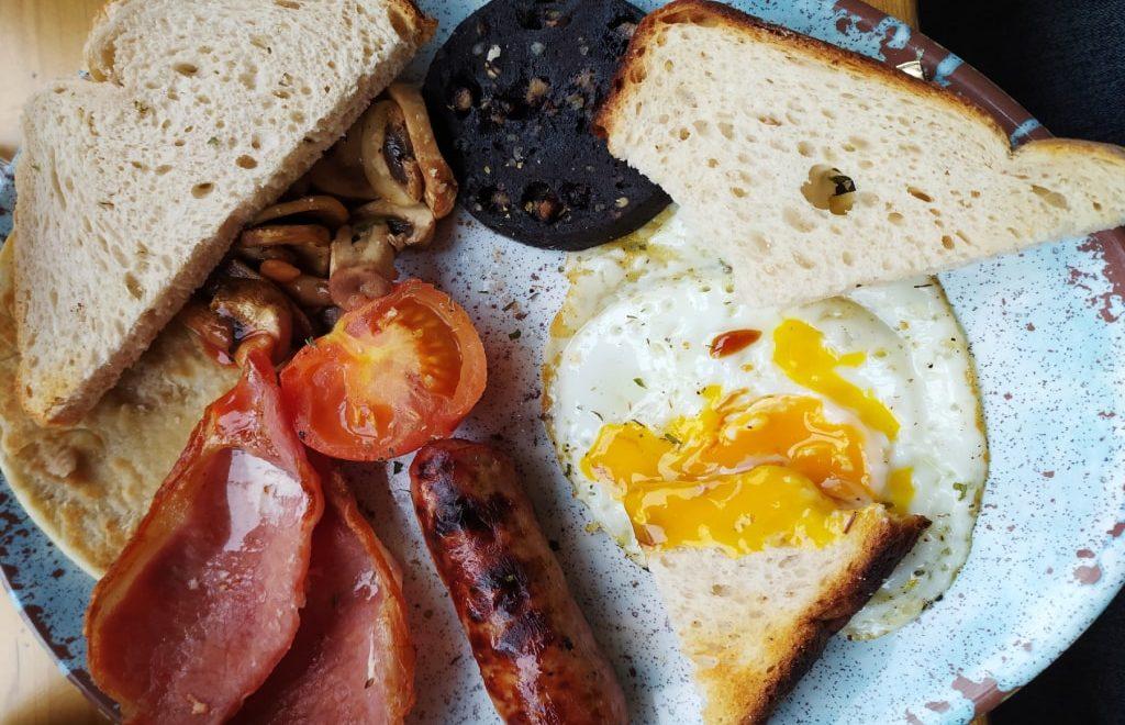 Guida a Edimburgo: cosa mangiare e le vie dello shopping
