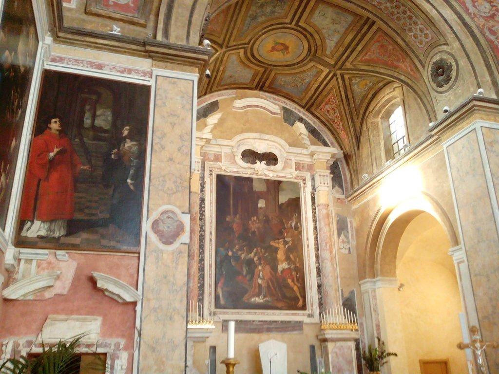 Interni del Duomo di San Procolo a Pozzuoli