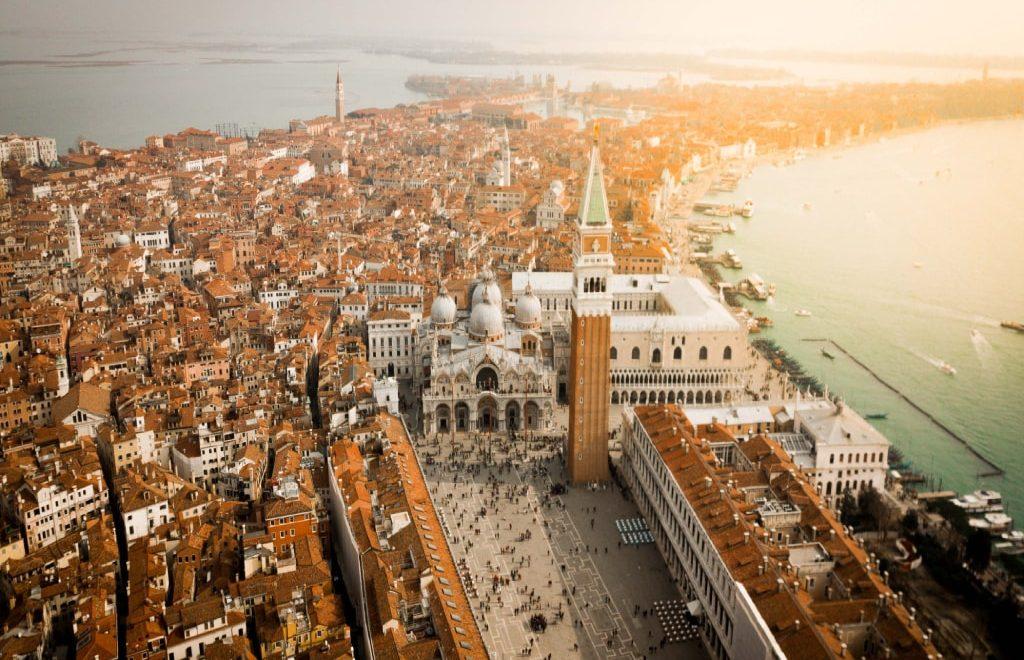 Visitare Venezia in un giorno: l'itinerario a piedi nella città autentica