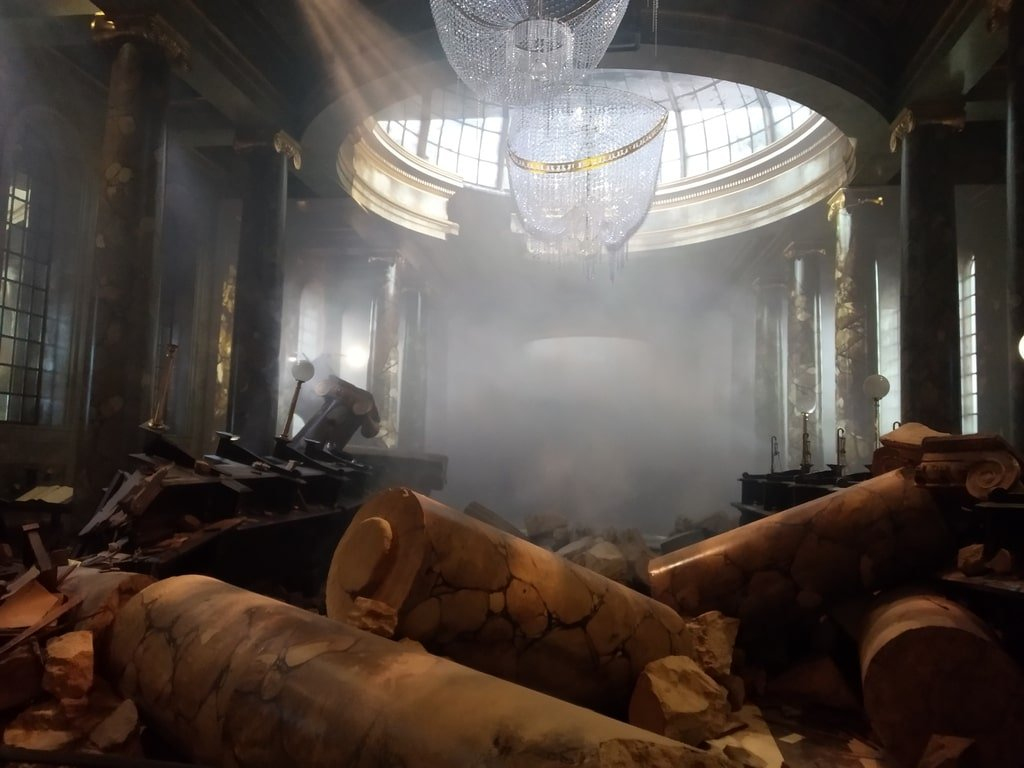 Le macerie della Gringott, la banca dei maghi, ai Warner Bros Studio Tour - The Making of Harry Potter a Londra