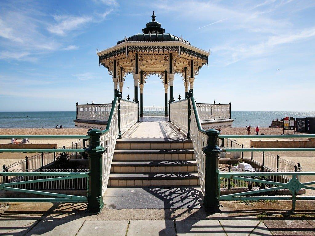 Il padiglione del Brighton Bandstand.