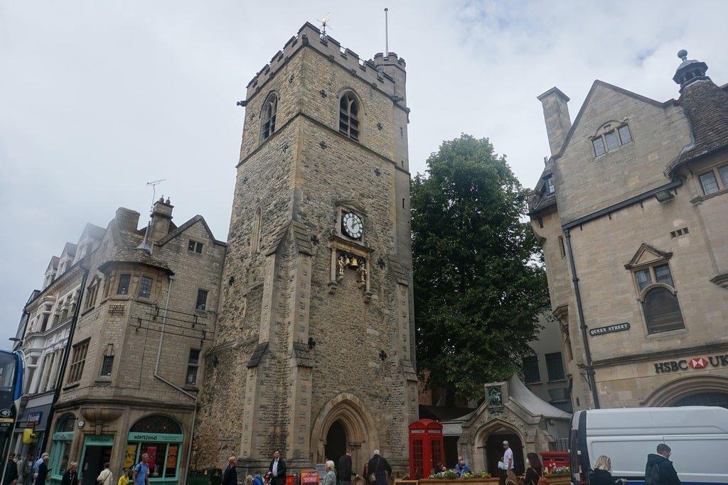 La Carafax Tower nel centro storico di Oxford.