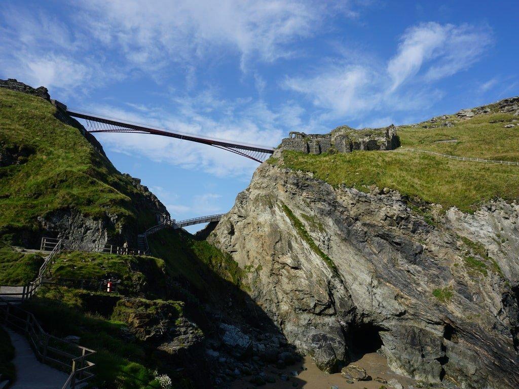 Il Castello di Tintagel e la grotta di Merlino in Cornovaglia
