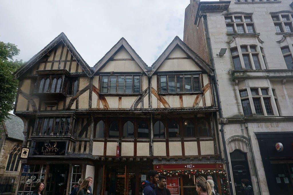 Case vittoriane nel centro storico di Oxford.