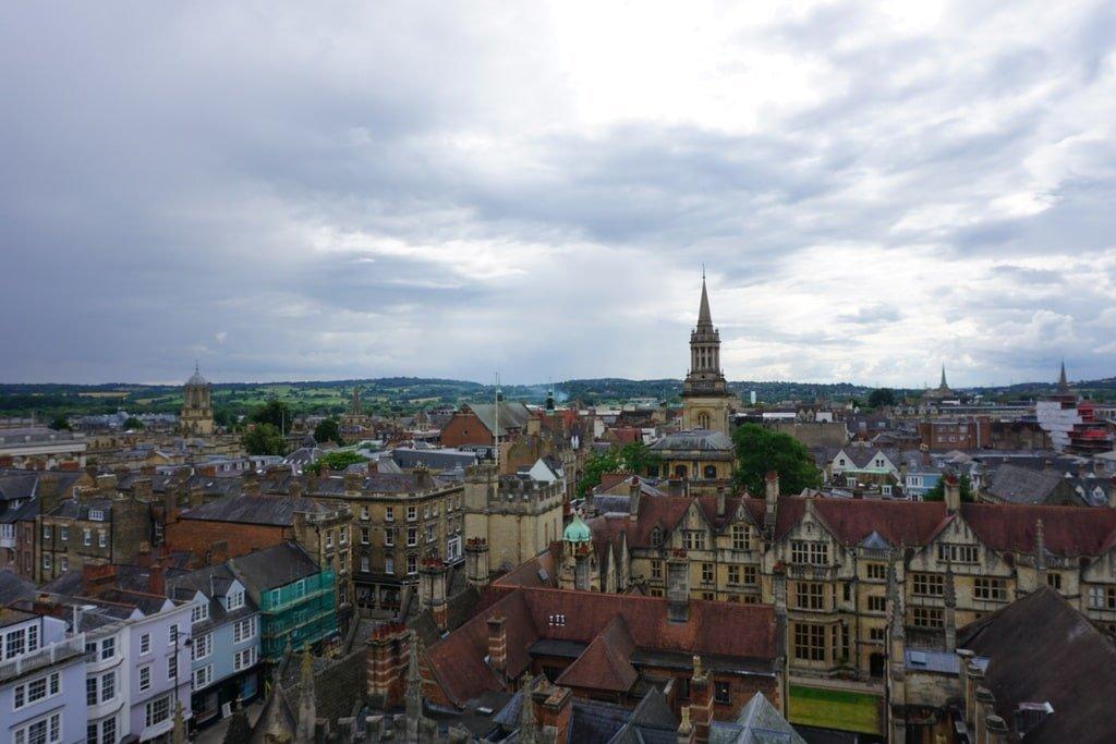 Vista dei college di Oxford dalla torre della University Church of St Mary.